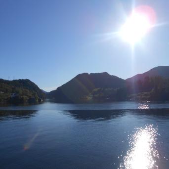 Soleil au-dessus de l'Osterfjord