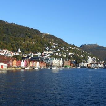 Bryggen, le Mont Fløyen et le Mont Ulriken